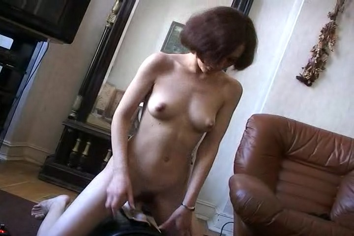 videos mommy is desperate for pleasure from a young guy